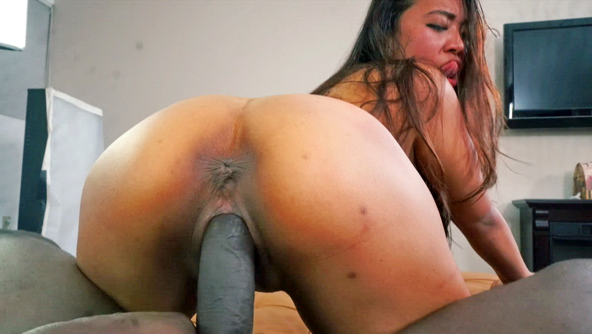 Asian sasha yamagucci enjoys blowjob with bbc 2